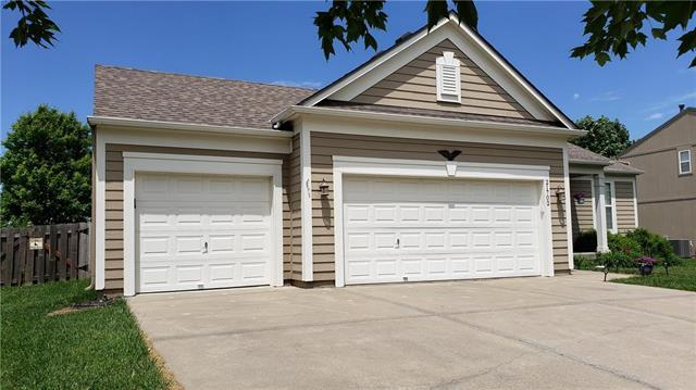 21702 W 56th Street, Shawnee, KS 66218 (#2168001) :: House of Couse Group