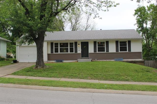5314 NE 42nd Terrace, Kansas City, MO 64117 (#2168043) :: House of Couse Group