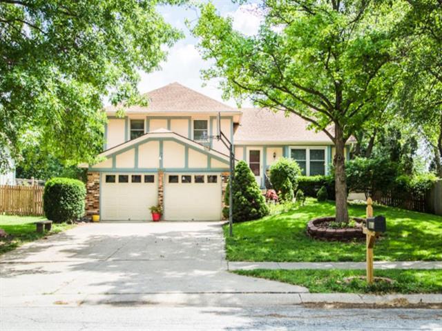 1813 Place Liberte Drive, Liberty, MO 64068 (#2168283) :: Eric Craig Real Estate Team