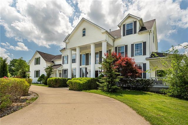 102 N La Frenz Road, Liberty, MO 64068 (#2168375) :: Team Real Estate