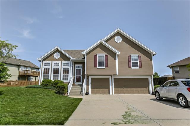 8616 N Myrtle Avenue, Kansas City, MO 64156 (#2168600) :: Clemons Home Team/ReMax Innovations