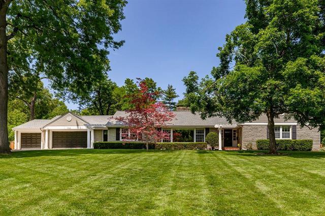 3728 W 65 Street, Mission Hills, KS 66208 (#2168835) :: Kansas City Homes
