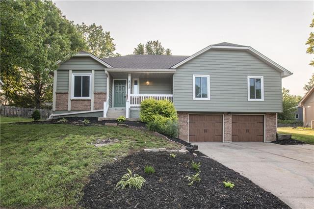 515 SE Wingate Street, Lee's Summit, MO 64063 (#2169038) :: Clemons Home Team/ReMax Innovations