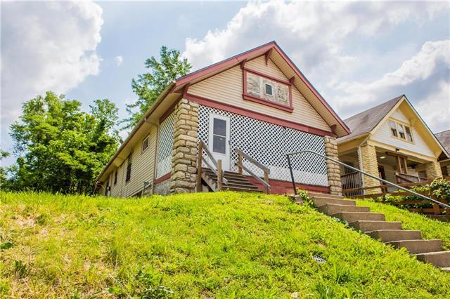 3931 Woodland Avenue, Kansas City, MO 64110 (#2169225) :: Kansas City Homes