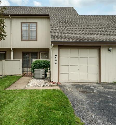722 E 121st Street, Kansas City, MO 64146 (#2169276) :: No Borders Real Estate
