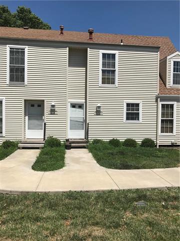 8129 N Stoddard Avenue, Kansas City, MO 64152 (#2169444) :: Kansas City Homes