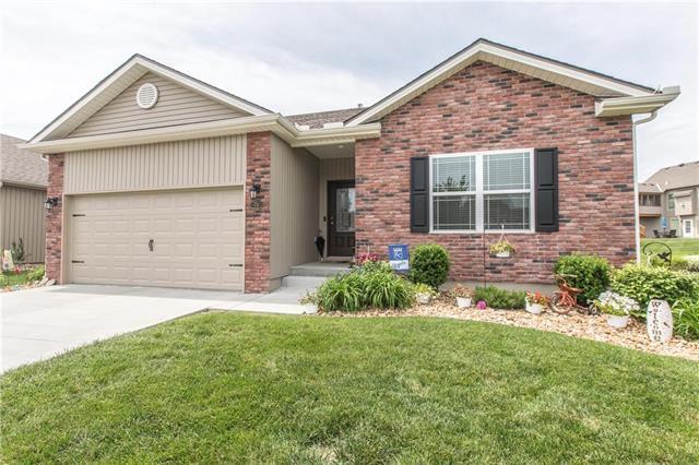 711 NW 110th Street, Kansas City, MO 64155 (#2169856) :: Eric Craig Real Estate Team