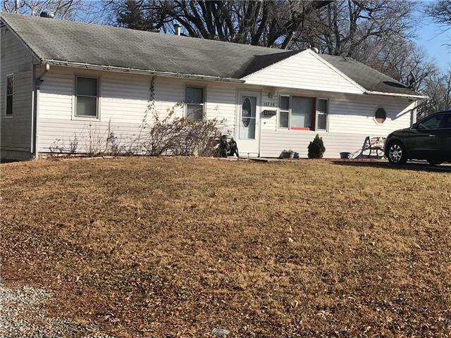 10736 Sycamore Terrace, Kansas City, MO 64134 (#2169864) :: Team Real Estate