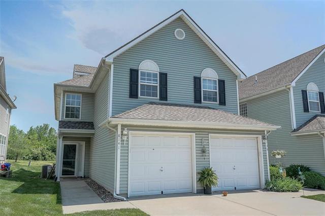 8141 N Lawn Avenue, Kansas City, MO 64119 (#2170050) :: Clemons Home Team/ReMax Innovations