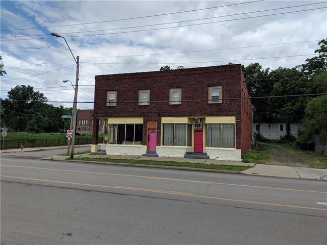 7022 Prospect Avenue, Kansas City, MO 64132 (#2170121) :: Dani Beyer Real Estate