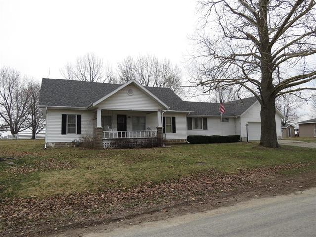1016 N Maple Street, Stanberry, MO 64489 (#2170223) :: DHG Network
