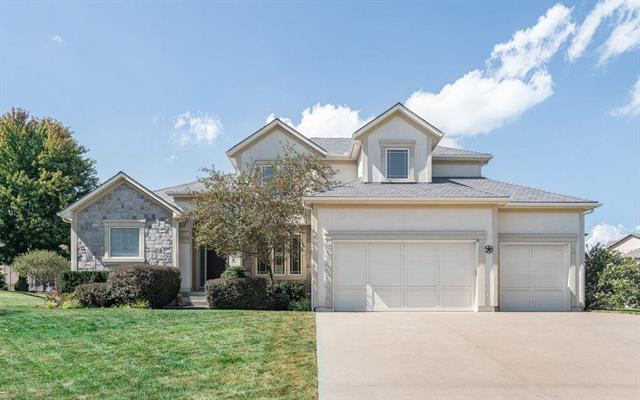 114 Cherokee Lane, Lake Winnebago, MO 64034 (#2170252) :: House of Couse Group