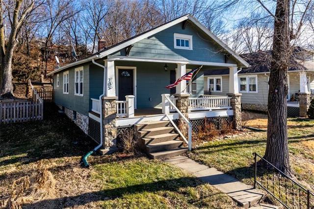 705 4th Street, Platte City, MO 64079 (#2170578) :: Eric Craig Real Estate Team