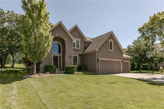 21712 W 60th Terrace, Shawnee, KS 66218 (#2170701) :: NestWork Homes