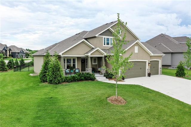 16701 Haskins Street, Overland Park, KS 66221 (#2170852) :: House of Couse Group