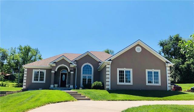 13 River Ridge Terrace, St Joseph, MO 64507 (#2170885) :: House of Couse Group