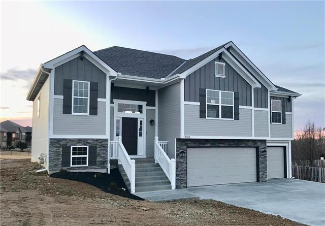 15700 NW 122nd Street, Platte City, MO 64079 (#2170949) :: House of Couse Group