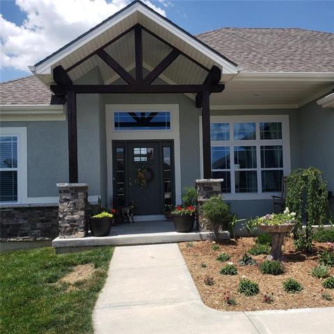 19130 Tomahawk Lane, St Joseph, MO 64505 (#2171037) :: House of Couse Group