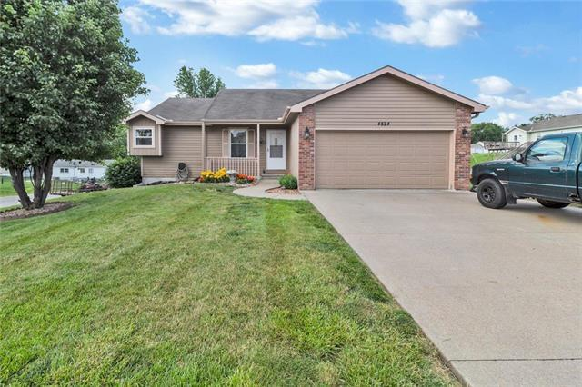4824 Crystal Drive, St Joseph, MO 64503 (#2171104) :: House of Couse Group