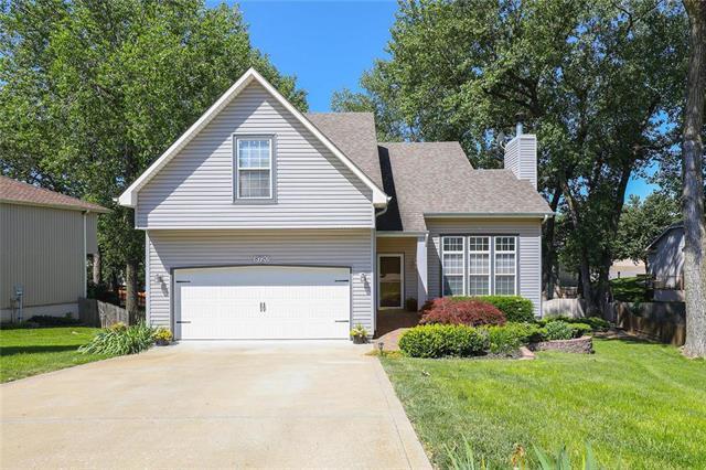 8720 N Winan Avenue, Kansas City, MO 64153 (#2171120) :: Dani Beyer Real Estate