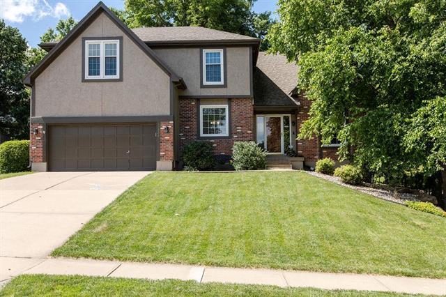11223 W 109th Street, Overland Park, KS 66210 (#2171220) :: Eric Craig Real Estate Team