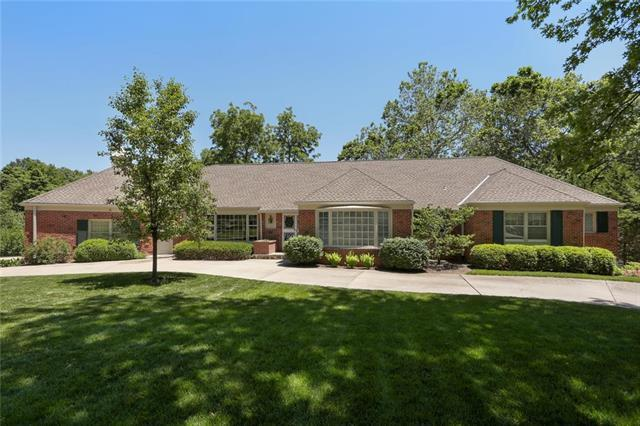 9929 High Drive, Leawood, KS 66206 (#2171287) :: No Borders Real Estate