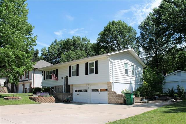11713 E 77th Terrace, Raytown, MO 64138 (#2171359) :: No Borders Real Estate