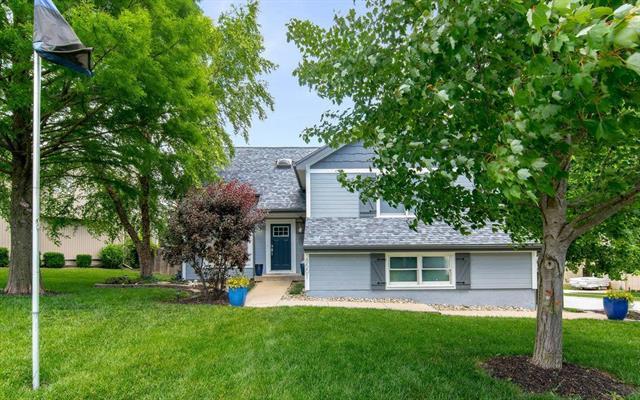 8501 N Mcdonald Avenue, Kansas City, MO 64153 (#2171369) :: Dani Beyer Real Estate