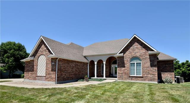 1200 SW Foxtail Drive, Grain Valley, MO 64029 (#2171446) :: No Borders Real Estate
