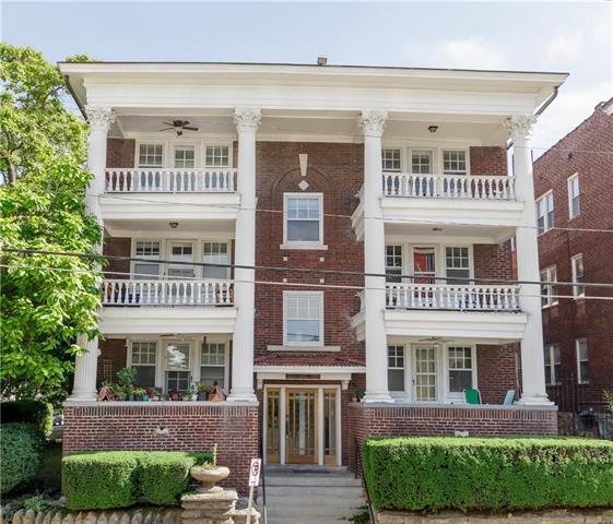 321 E 43RD Street 3E, Kansas City, MO 64111 (#2171482) :: Eric Craig Real Estate Team