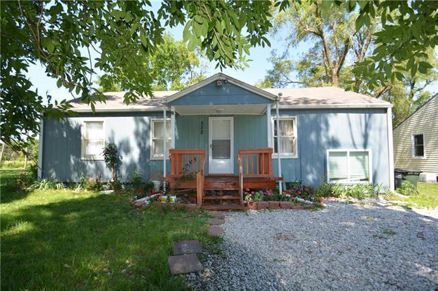 232 S Elm Street, Gardner, KS 66030 (#2171486) :: Team Real Estate