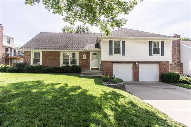 6805 Oakview Street, Shawnee, KS 66216 (#2171538) :: NestWork Homes