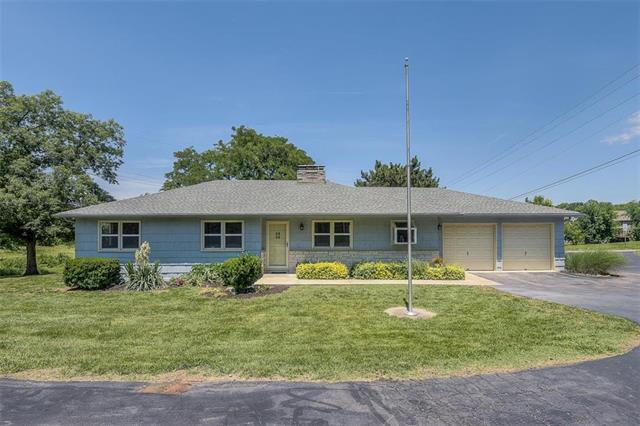 14706 W 63rd Street, Shawnee, KS 66216 (#2171552) :: NestWork Homes