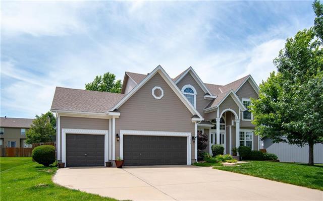 5328 Kenton Street, Shawnee, KS 66226 (#2171583) :: NestWork Homes