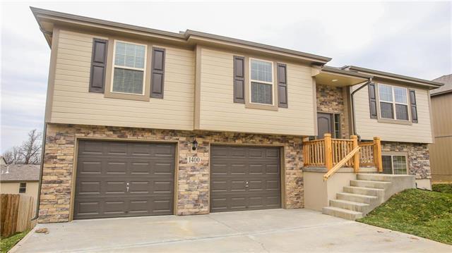 1202 9th Terrace, Oak Grove, MO 64075 (#2171626) :: No Borders Real Estate