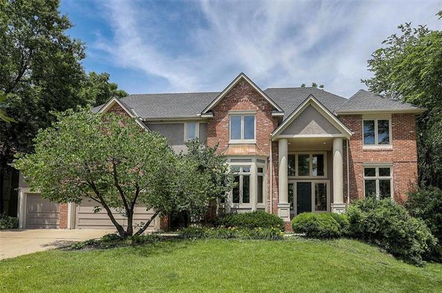 10549 Walmer Street, Overland Park, KS 66212 (#2171658) :: House of Couse Group