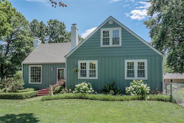 6007 W 53rd Street, Mission, KS 66202 (#2171740) :: Team Real Estate