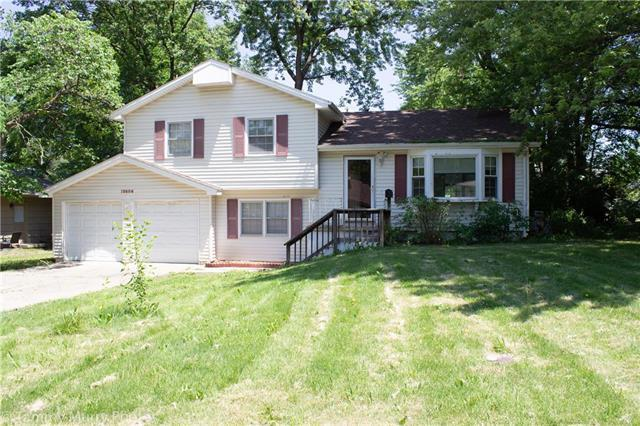 10604 E 79th Street, Raytown, MO 64138 (#2171812) :: No Borders Real Estate