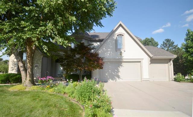 14111 Grandview Street, Overland Park, KS 66221 (#2171817) :: No Borders Real Estate