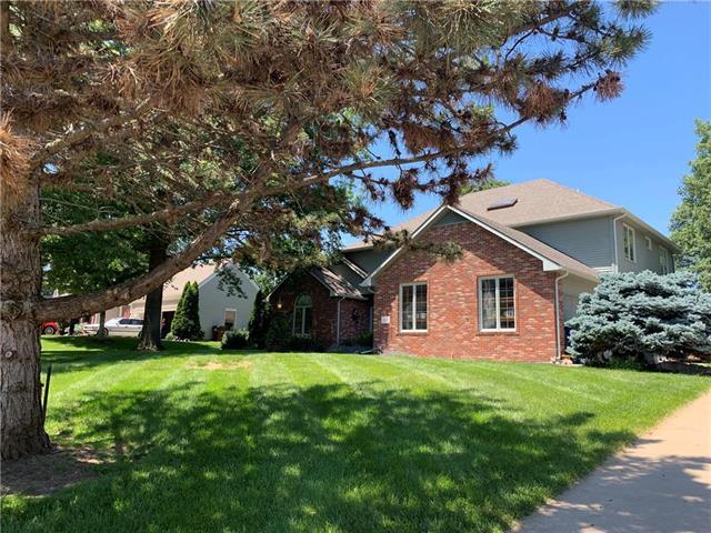 4620 Turnberry Drive, Lawrence, KS 66047 (#2171898) :: Kansas City Homes