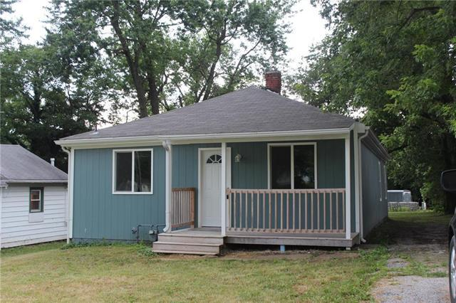 1027 E Parker Avenue, Independence, MO 64050 (#2171948) :: Team Real Estate