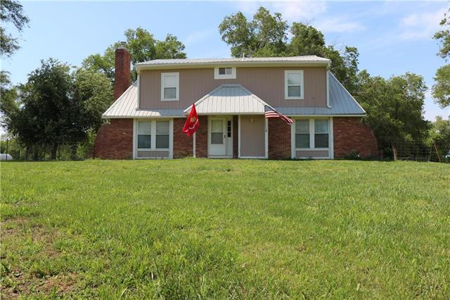 15112 NE County Road 243 Road, Adrian, MO 64720 (#2171993) :: The Gunselman Team