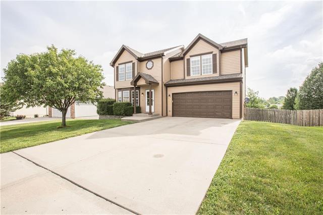 11227 N Pennsylvania Avenue, Kansas City, MO 64155 (#2172140) :: Dani Beyer Real Estate