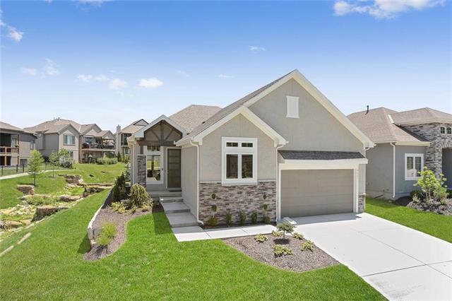 9821 Hollis Lane, Lenexa, KS 66227 (#2172172) :: Eric Craig Real Estate Team