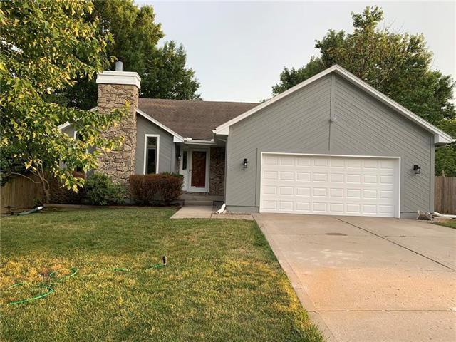 2331 NE Springbrook Street, Blue Springs, MO 64014 (#2172289) :: No Borders Real Estate