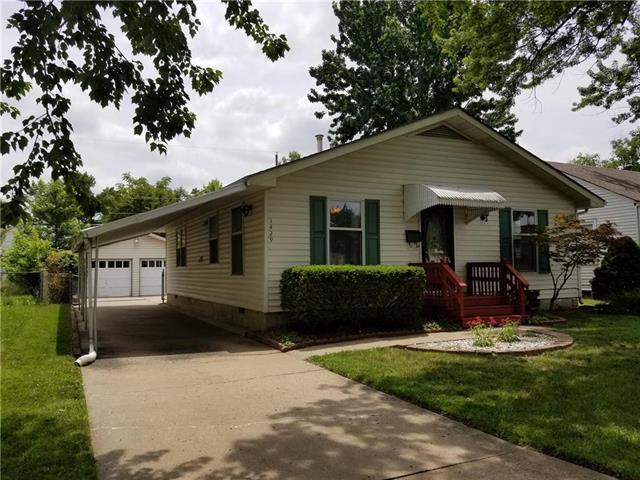 1429 E 25th Avenue, North Kansas City, MO 64116 (#2172384) :: Dani Beyer Real Estate