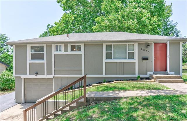 7024 N Pennsylvania Avenue, Kansas City, MO 64118 (#2172526) :: Dani Beyer Real Estate