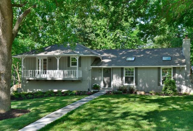 9730 Belinder Road, Leawood, KS 66206 (#2172665) :: Team Real Estate