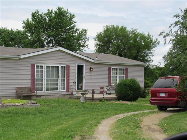 73 Iowa Drive, Linn Valley, KS 66040 (#2172667) :: Eric Craig Real Estate Team