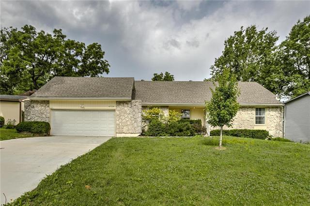 4728 Switzer Road, Shawnee, KS 66203 (#2172925) :: Kedish Realty Group at Keller Williams Realty
